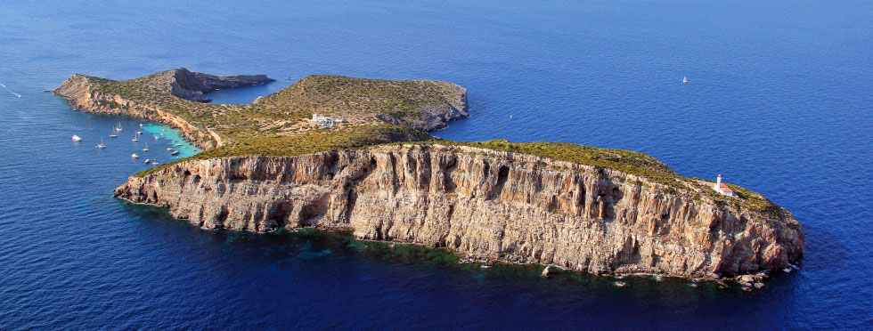 The rent of a private island in Spain for Your wedding